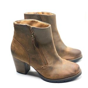 {Clark's} Rustic Leather Ankle Booties/Boots